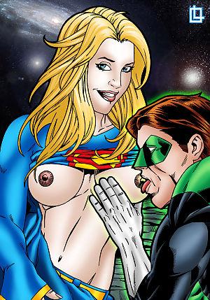 Vert lanterne et supergirl ont Un cosmique baise