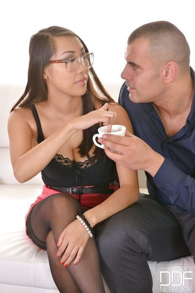 Nerdy Oriental chick Sharon Lee taking creampie from white stud