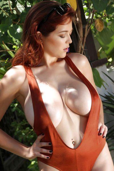 Big-tit redhead beauty Tessa Fowler shows off her amazing big tits
